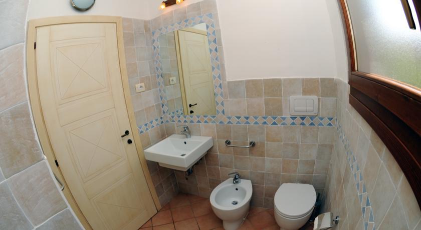 Bagno Privato Residence Appartamenti Vignola Mare