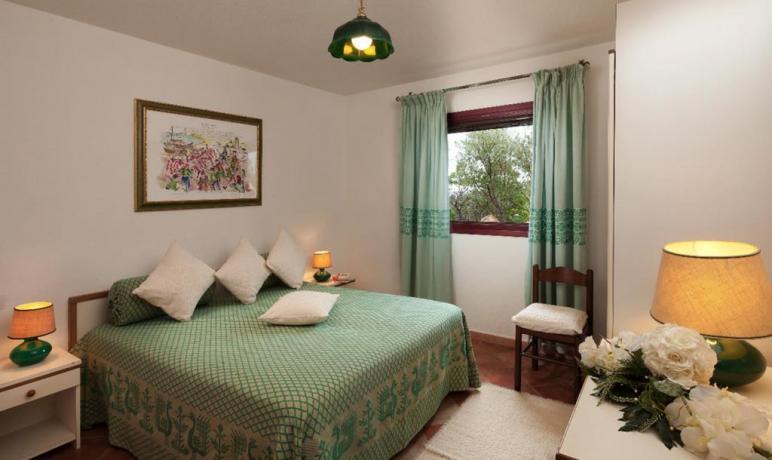 Camera Appartamenti i Graniti vicino Cala Liberotto