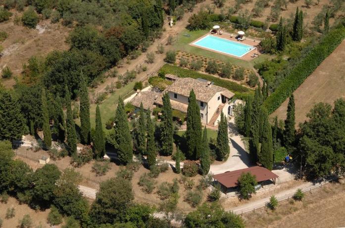 Villa in Umbria con 20 posti letto