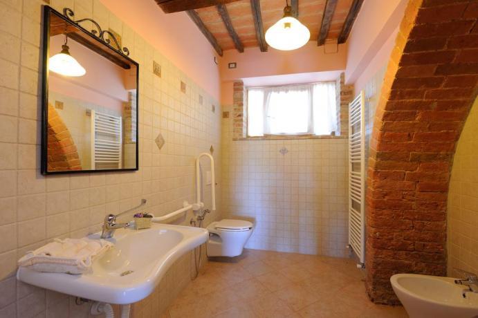 Bagno privato appartamento agriturismo a Città della Pieve