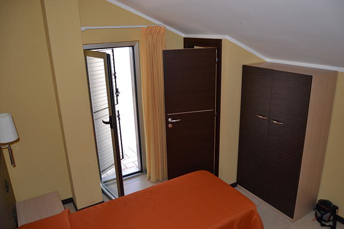 Appartamenti con Piscina e Giardino vicino Mare Calabria