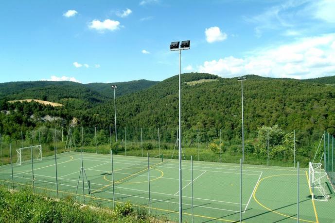 Tennis, Calcetto, Pallavolo in Tenuta Agrituristica
