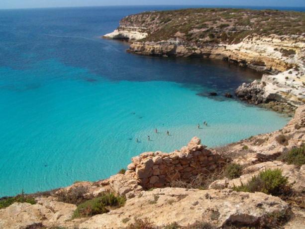 Rela in Sicilia Agriturismo vista mare