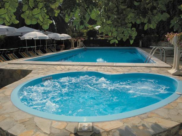Vasca idromassaggio hotel3stelle a Imperia