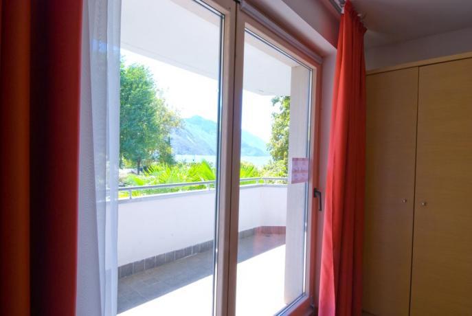 Appartamenti con balcone vista Lago di Garda