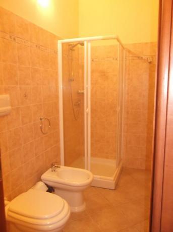 Bagno privato in Hotel nelle Eolie