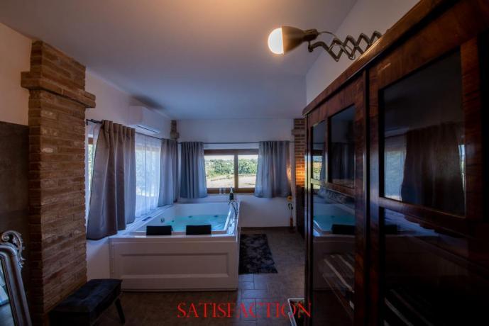 Luminosa Suite con VascaIdromassaggio 2posti idealex Anniversari
