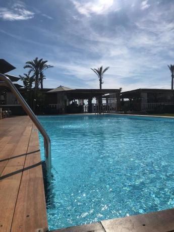 Hotel 4stelle con piscina a Baia Domizia