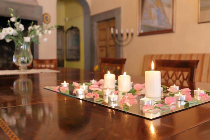 Camere Con Letto A Baldacchino : Offerta per il mese di luglio a montecarlo