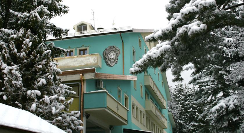 hotel3stelle-funivia-campoimperatore-centrobenessere-vicino-piste-sciistiche