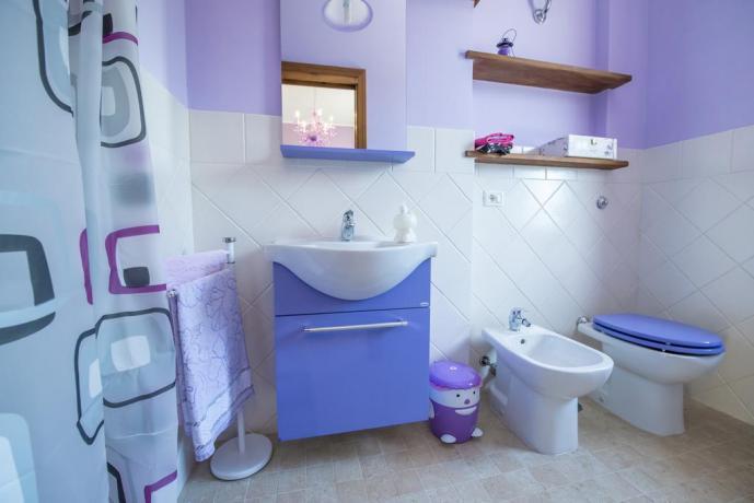 Bagno casa vacanze appartamento a Vasanello