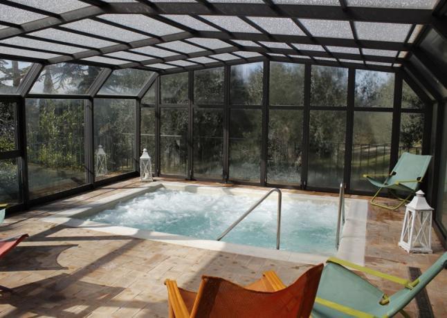Resort 5stelle SPA vasca idromassaggio 4posti Perugia