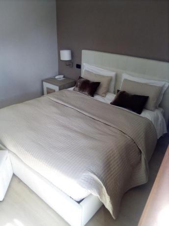 Hotel con appartamenti riva Lago di Garda