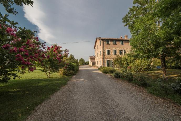 Agriturismo immerso nel verde in Emilia