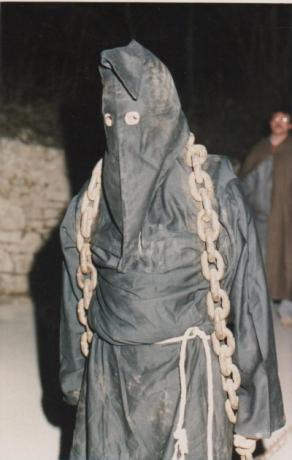 processione-cristo-morto-cascia