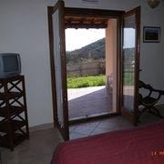 Bilocale camera-portico