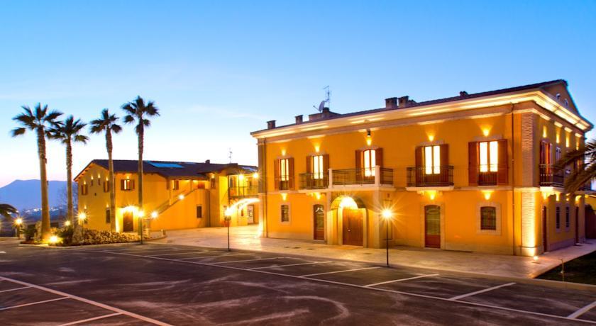 Country House con Ristorante ad Alba Adriatica