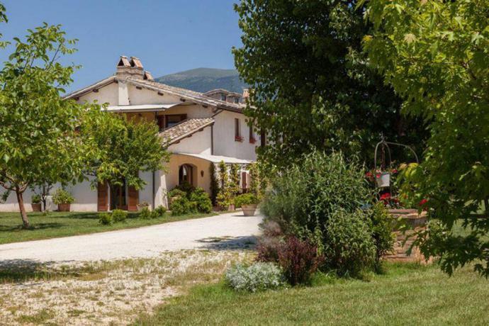 Appartamenti e fattoria didattica a Spello
