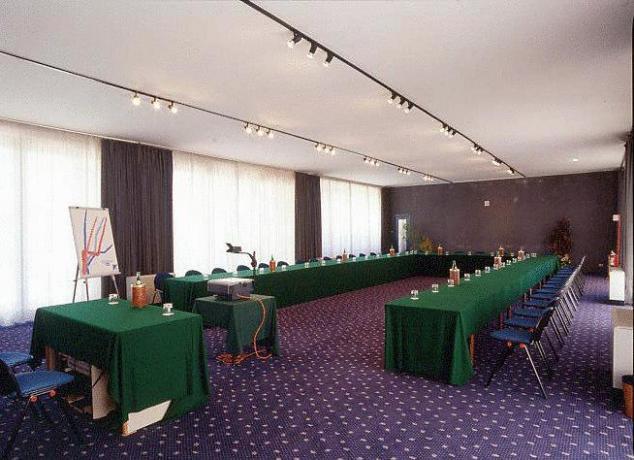 Centro congressi al Gran Hotel vicino a Roma