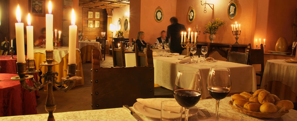 Restaurant in tha Castello Romantico