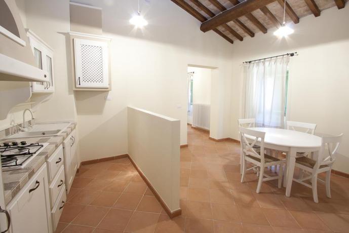 Cucina appartamento resort a Valtopina