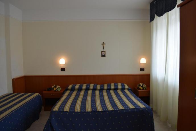 Camere per coppie e famiglie Giovanni Rotondo