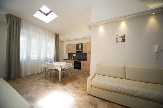Appartamenti-vacanze Bardonecchia con divano-letto matrimoniale e cucina