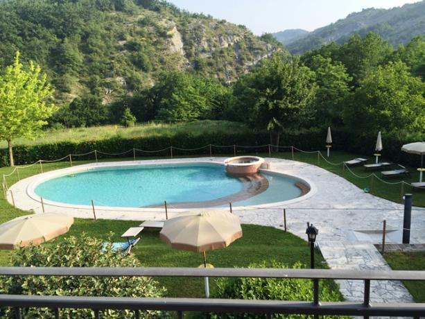 Bilo fronte piscina 1° piano - vista