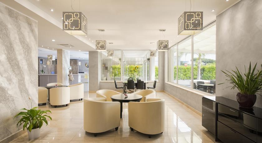 Hall moderna e accogliente