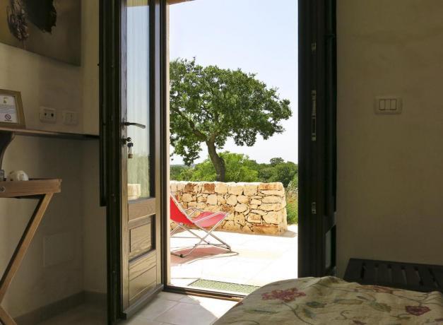 Appartamenti immersi nel verde con portico a Bari