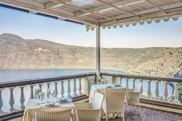 Pranzo romantico con vista Lago Albano