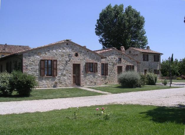 Vicino Perugia casa vacanze con appartamenti e cucina