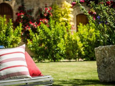 Giardino Masseria4Stelle Valledolmo Sicilia Relax