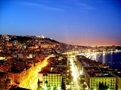 Naples by Night, Where to stay in Italy