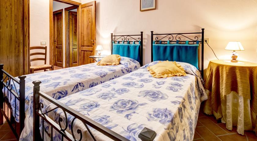 Camera Doppia Appartamento a Cortona in Agriturismo