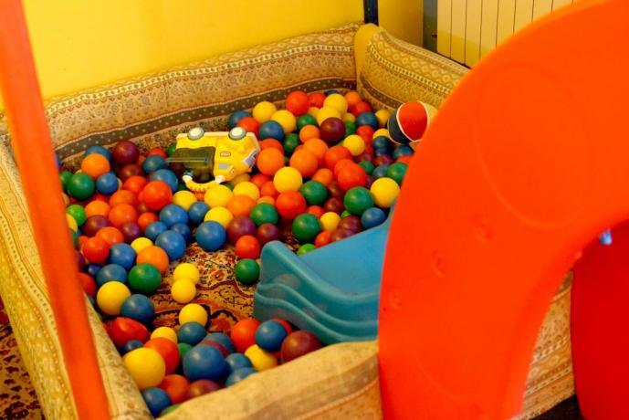 Mini club per bambini con intrattenimento
