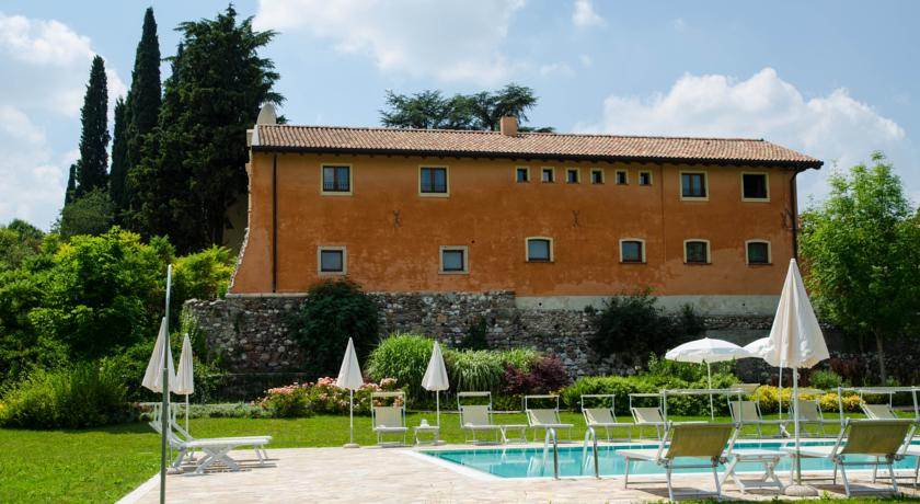 Suite Spa Piscina vicino Peschiera del Garda