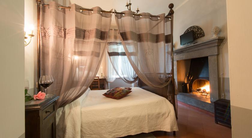 Suite con camino Resort Capricci Tuoro sul Trasimeno