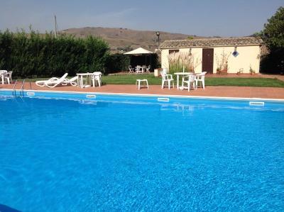 l'acqua limpida della nostra piscina