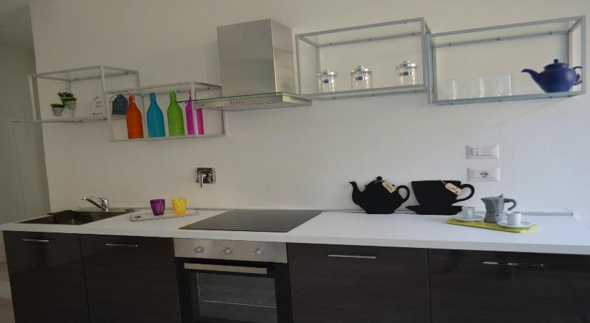 Suite Conte di Cavour cucina di Design