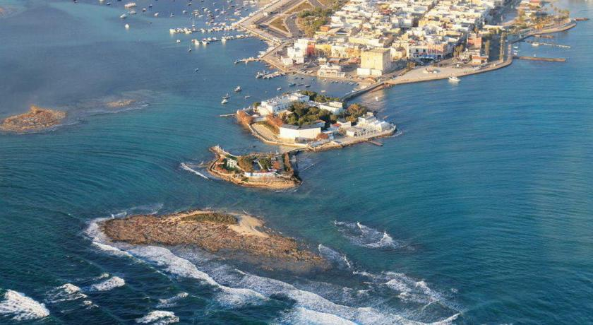 Hotel su un'Isola a Porto Cesareo