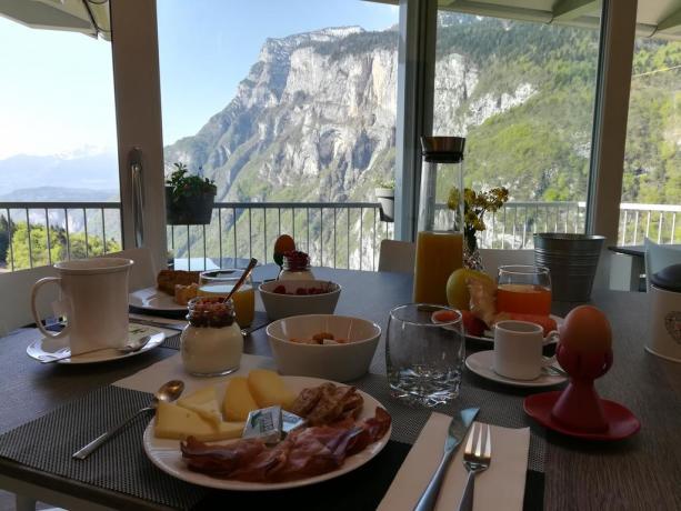 Colazione sulle Dolomiti Trentino B&B Altopiano della Paganella