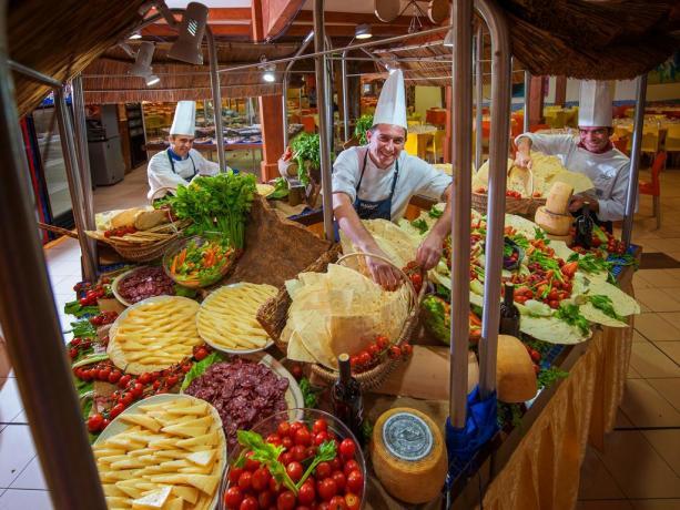 2 sale ristoranti a Buffet in Villaggio 4stelle