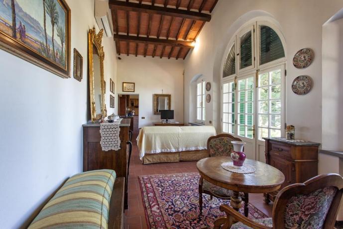 Ampio soggiorno in Villa Luxury vicino Cortona