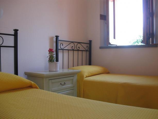 Camera doppia con bagno privato a Catania