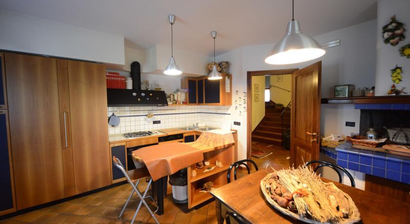 Cucina attrezzata a disposizione degli ospiti