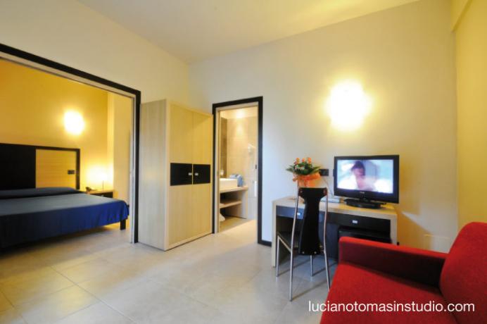 Camere-Appartamenti spaziosi per 2/3/4 persone