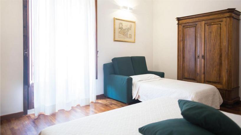 Camera con Divano Letto, Aria Condizionata in Sicilia