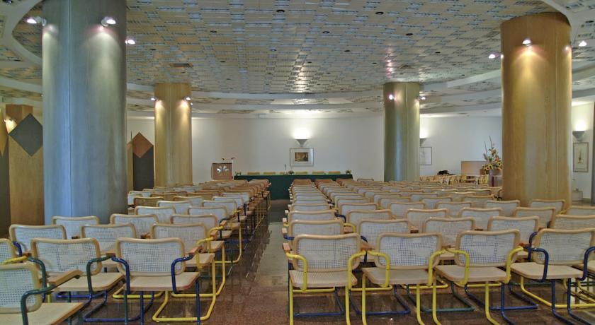 Sala meeting per 200 persone