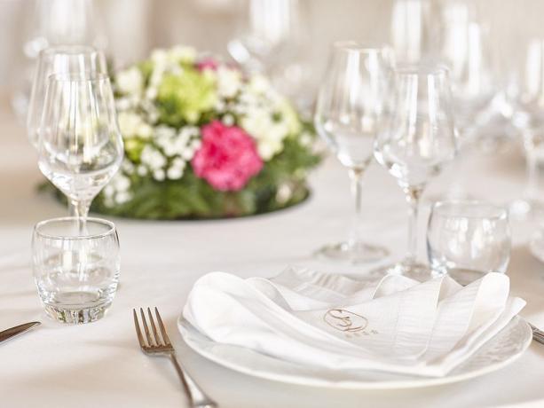 Hotel 4stelle per matrimoni eventi meeting Battipaglia-Salerno